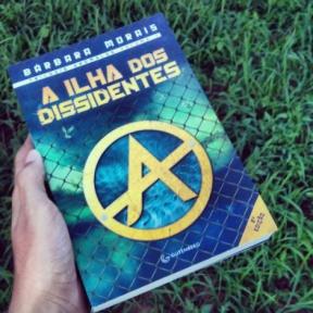 """Um Sonho Literário, sobre 'A Ilha dos Dissidentes': """"Se prepararem para uma aventura FANTÁSTICA!"""""""